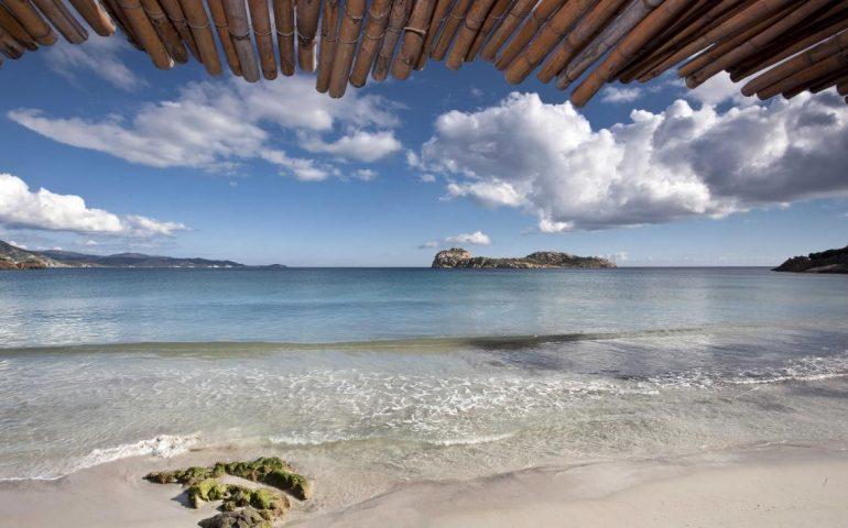 Bandiere Blu 2020, in Sardegna premiate 14 località. La Regione: «Abbiamo paesaggi che il mondo ci invidia»
