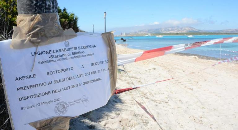La denuncia del Grig: la Spiaggia del Gabbiano ancora in concessione a chi l'ha danneggiata
