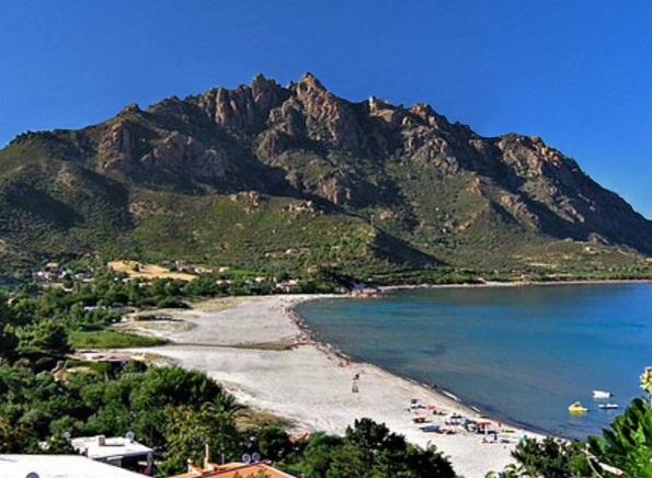 Le spiagge più belle della Sardegna. Fondali da sogno e sabbia finissima: ecco a voi Foxi Manna