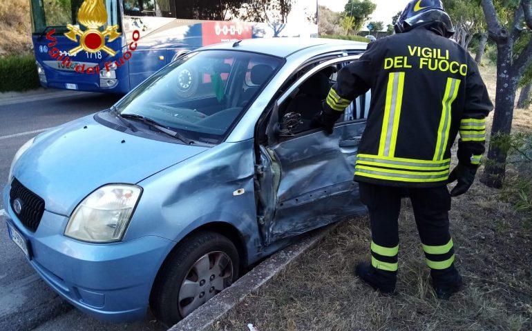 Dorgali, scontro tra auto: i feriti portati al San Francesco di Nuoro