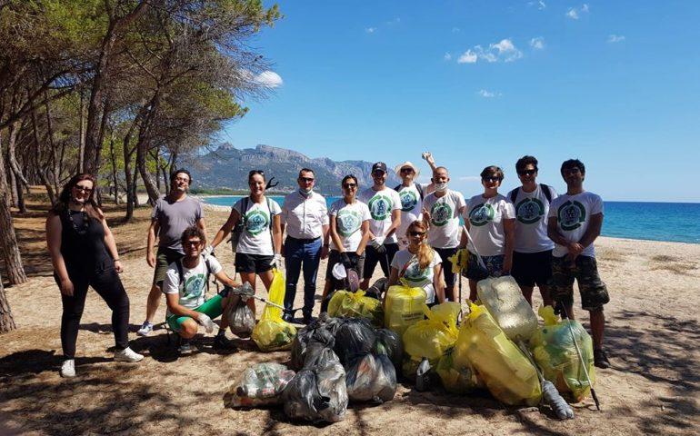 Giornata ecologica alla Capannina di Arbatax: buone pratiche in difesa dell'ambiente