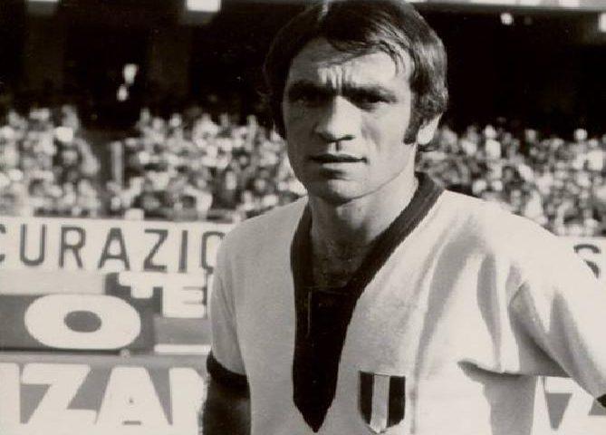 """Accadde oggi: il 20 novembre 2011 moriva Mario Martiradonna, """"la Roccia"""", uno degli eroi dello Scudetto"""