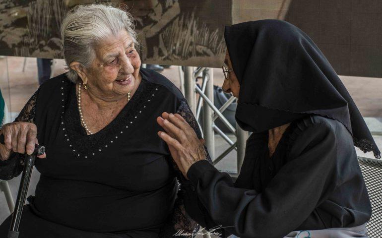 Un emozionante viaggio nella Sardegna dei centenari alla scoperta del segreto della longevità