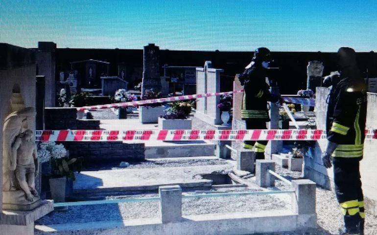 Italia, cede lapide di una tomba e bambino cade dentro: ferito