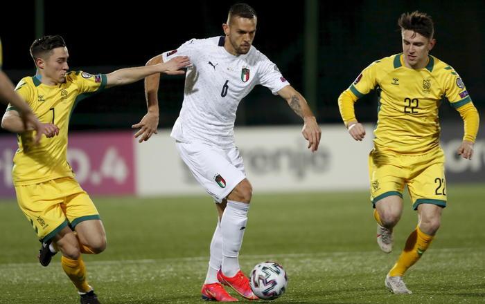 Qualificazioni ai mondiali. L'Italia si accende nella ripresa e vince 0-2 in Lituania