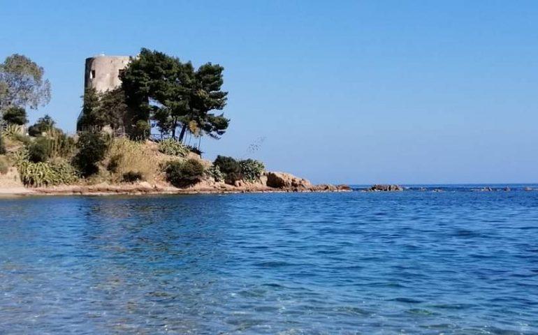 """Goletta Verde boccia la spiaggia di Santa Maria. Il sindaco Corrias: """"Chiederemo di procedere mediante un'altra campionatura"""""""