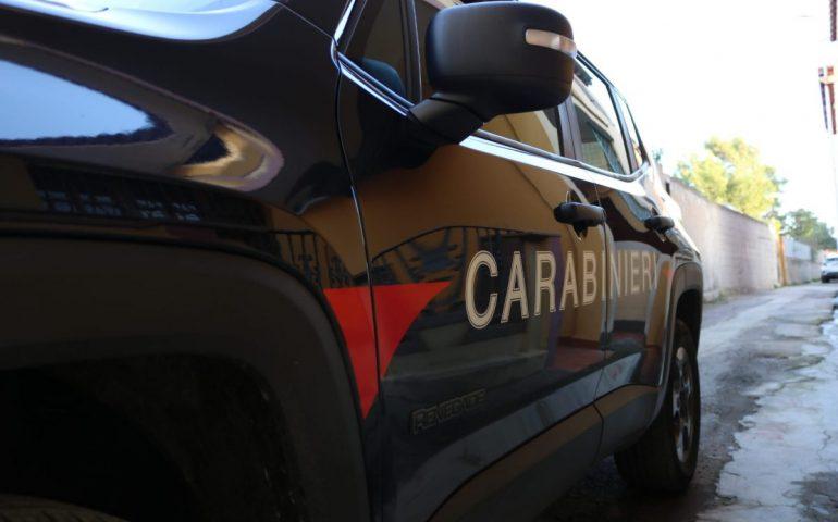 Tragedia sul lavoro, fuga di gas durante intervento di manutenzione: muore operaio 51enne