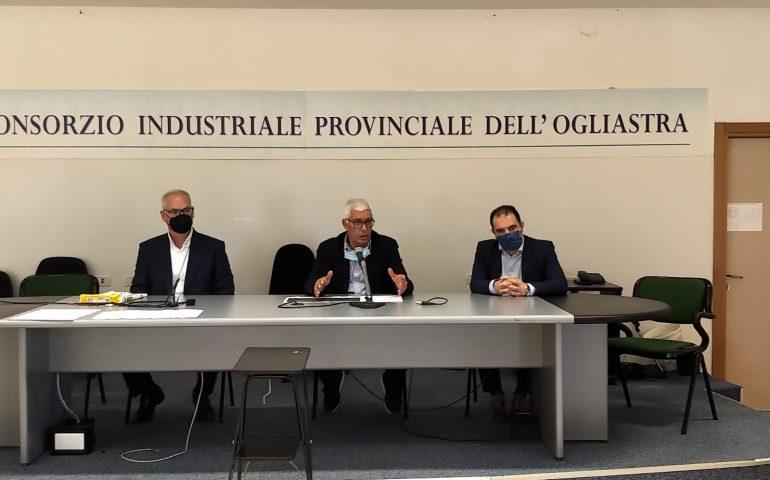 Tortolì, un incontro per parlare del rilancio dell'aeroporto. Interessata società di Bolzano