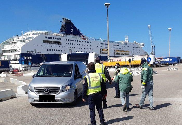 Arrivi in Sardegna, quasi 3mila controlli nelle ultime 24 ore. Nell'Isola: 5 spostamenti senza valido motivo
