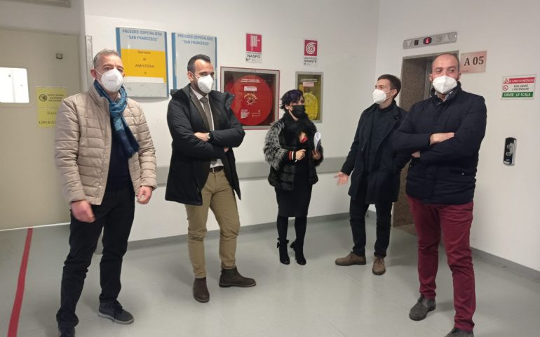 """Nuoro, i consiglieri M5S: """"L'ospedale San Francesco abbandonato al suo destino"""""""