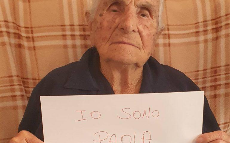 """""""Io sono Paola"""": l'importante messaggio di Tzia Assunta Pili Cocco in questi giorni di smarrimento"""