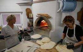 I maestri della mitica scuola di cucina ALMA in visita a Nuoro alla scoperta dei cibi della nostra tradizione