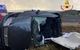 Nuorese, pauroso incidente sulla SS 131 DCN: una donna ferita estratta dalle lamiere