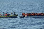 Riprendono gli sbarchi di migranti nel sud Sardegna. Oggi 13 arrivi, tutti algerini: immediato trasferimento a Monastir