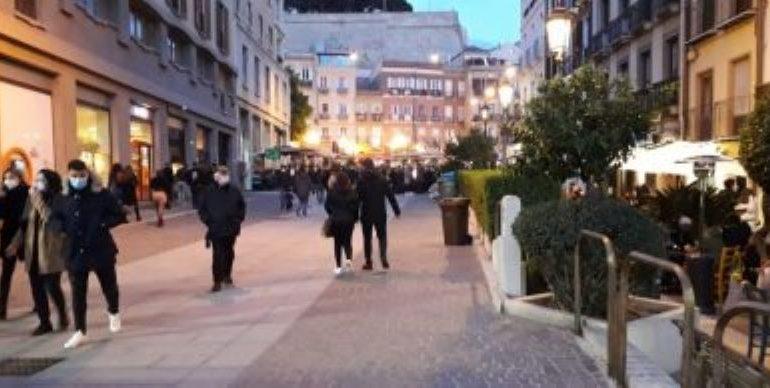 Niente zona verde per la Sardegna, i numeri della fascia bianca non bastano: in due settimane 27 casi al giorno