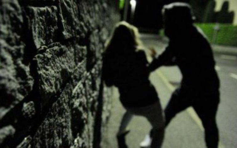 Serata di paura a Olbia, picchiato per difendere una ragazza: in manette un 27enne tunisino