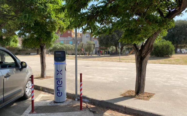 Tortolì apre alla mobilità elettrica: attivate le prime tre infrastrutture di ricarica Enel X