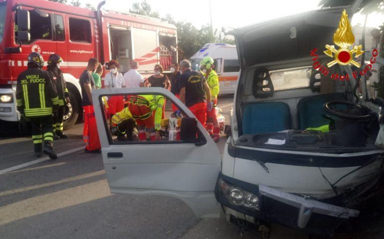 Tertenia, esce fuori strada con il motocarro e resta incastrato: 75enne tratto in salvo da Vigili ed elisoccorso