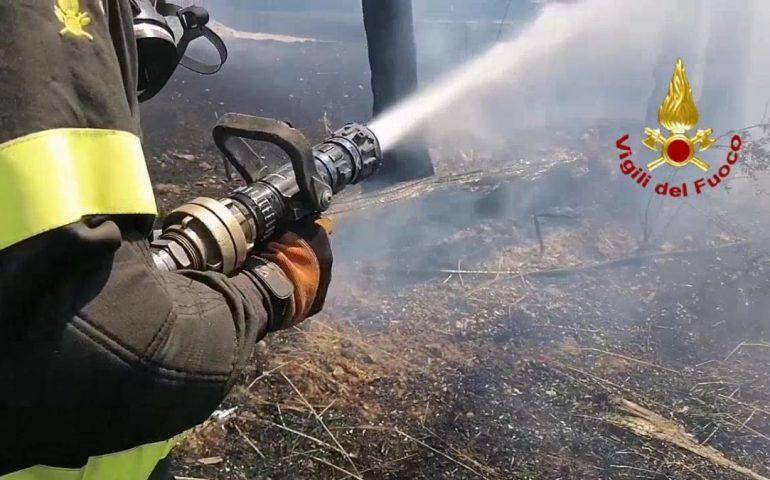 Ancora fuoco e fiamme nell'Isola, oggi ancora ettari di terra divorati da 22 incendi