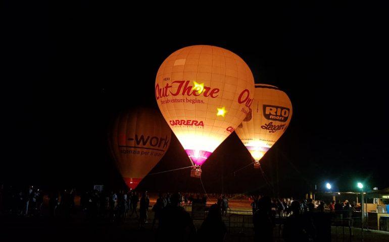 (FOTO e VIDEO) Ogliastra Ballon Festival, 1a giornata: spettacolo ed emozioni in volo sotto la luna
