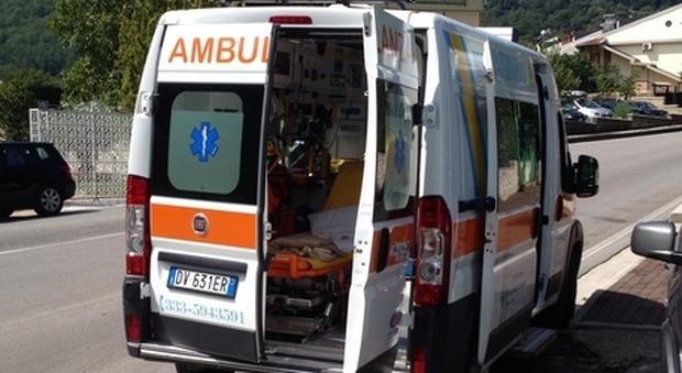 Sardegna, malore mentre fa il bagno: muore 51enne
