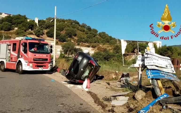 Ogliastra, tragico incidente stradale: una 27enne deceduta e un'altra donna in codice rosso