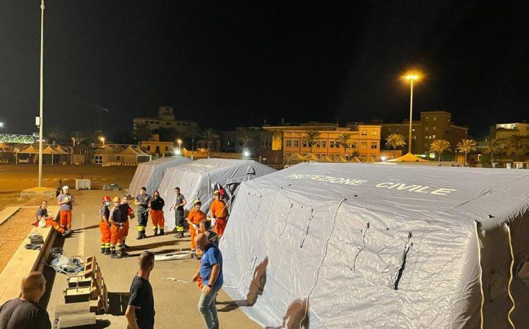 87 profughi afghani attesi in Sardegna: tende allestite ma nave in ritardo per troppo vento