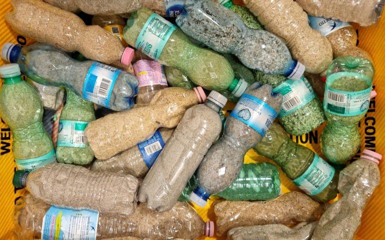 L'estate sta finendo ma continuano i furti di sabbia: sequestrato un quintale all'Aeroporto di Cagliari