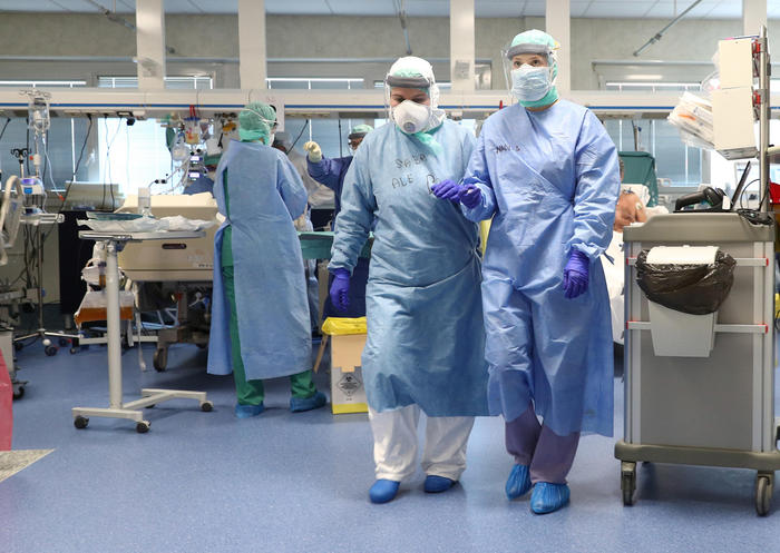 Covid-19, oggi in Sardegna: 20 nuovi contagi e una vittima. Ricoveri stabili