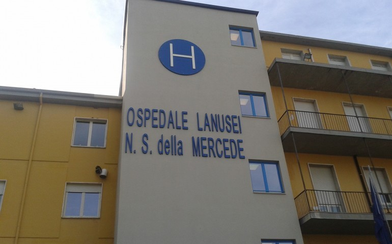 Ospedale di Lanusei: è guerra aperta in casa del Partito democratico. Burchi: