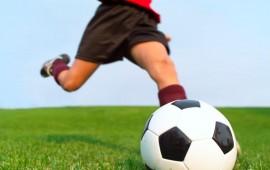 Calcio per bambini. A Loceri il primo Open Day del centro di formazione Cagliari-Ogliastra. Bernardo Mereu in cattedra