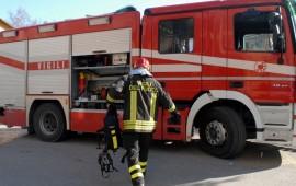 Lotzorai, abitazione privata in fiamme. Vigili del fuoco al lavoro