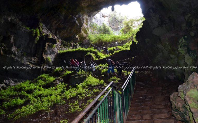 """Ulassai. Al via i lavori di infrastrutturazione nell'area a monte delle grotte di """"Su Marmuri"""""""