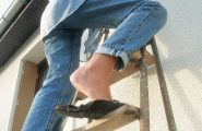 Incidenti domestici, i sardi sottovalutano i pericoli. Tra i più frequenti fughe di gas e incendi