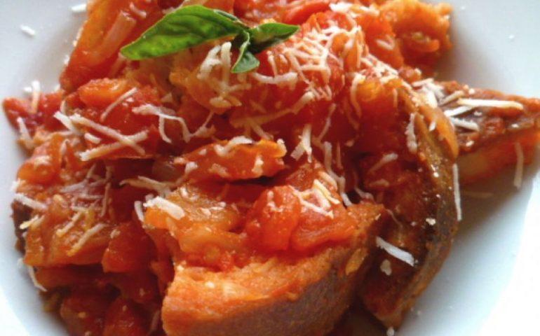 La ricetta di Su Mazzamurru a sa casteddaia, un piatto povero ma ricchissimo di sapore