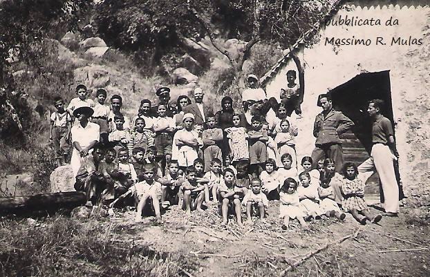 Come eravamo. Figli della lupa, balilla, piccole italiane in uno scatto della Tortolì degli anni 40