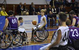Bari Sardo, primo incontro amichevole di pallacanestro in carrozzina