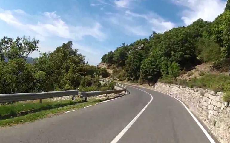"""Grande successo anche quest'anno per la """"nuova fiaba della bicicletta"""" raccontata da Orroras Makkas"""