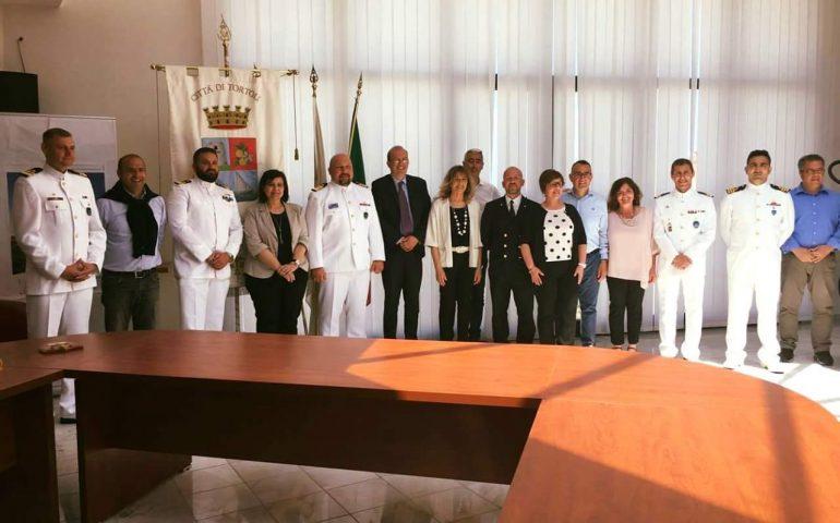 I capitani delle navi NATO accolti in comune dal sindaco Cannas