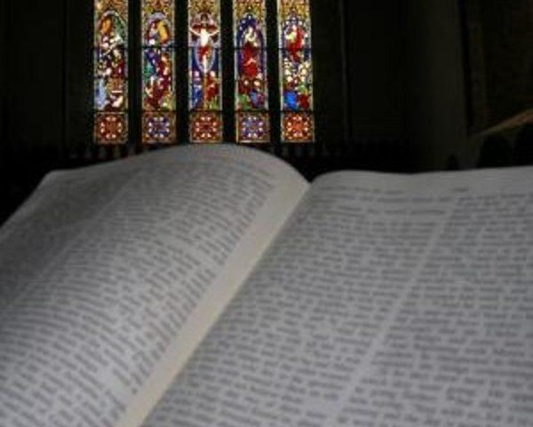 """""""Imparare a pregare con la Bibbia"""". Sabato 18 incontro della Scuola di teologia"""