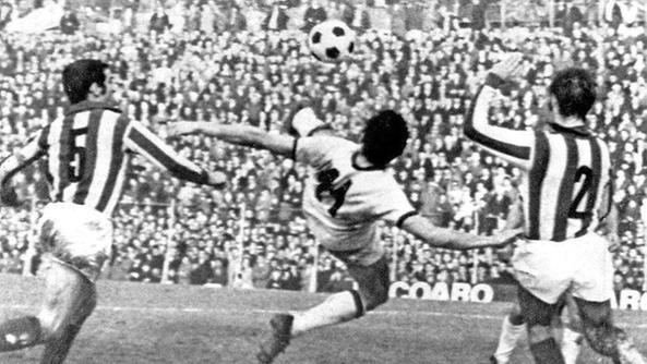 Accadde oggi: 18/1/1970, la rovesciata di Gigi Riva (VIDEO), contro il Vicenza il più bel gol di Rombo di Tuono