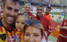 Il calcio: una passione di famiglia. Il calciatore Marco Mancosu racconta la promozione in serie B col Lecce