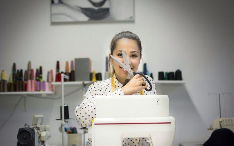 (FOTO) Vent'anni e un sogno, creare abiti su misura. La stilista baunese Giorgia Cabras racconta il suo percorso
