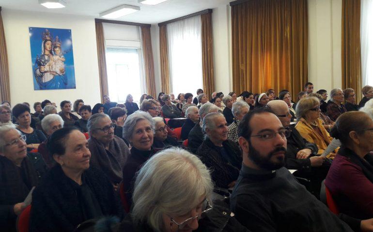 La fotonotizia. Un centinaio di fedeli all'incontro con le amiche e gli amici del Seminario