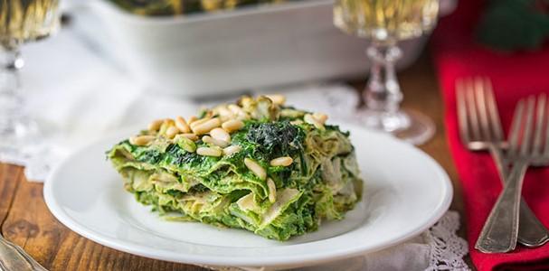 Il pranzo del 1 gennaio: un'alternativa veg. Lasagne di pane carasau agli spinaci e carciofi
