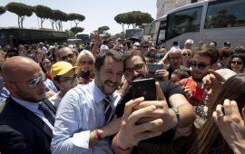 Salvini all'assemblea Coldiretti: burocrazia freno per l'agricoltura sarda