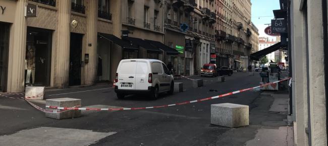 Esplosione in centro a Lione: ci sono feriti, tra cui una bambina