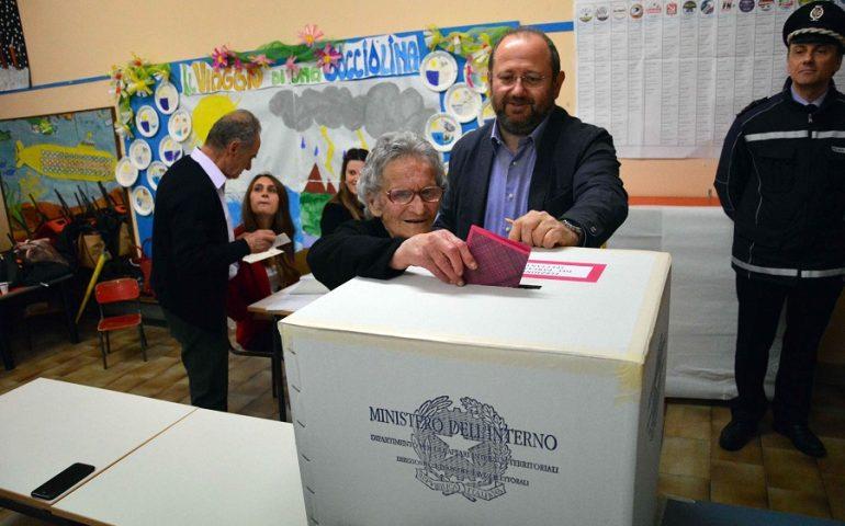 """Nonna Luisa: a quasi 108 anni non si è mai persa un'elezione. Eccola anche oggi """"in pista"""""""