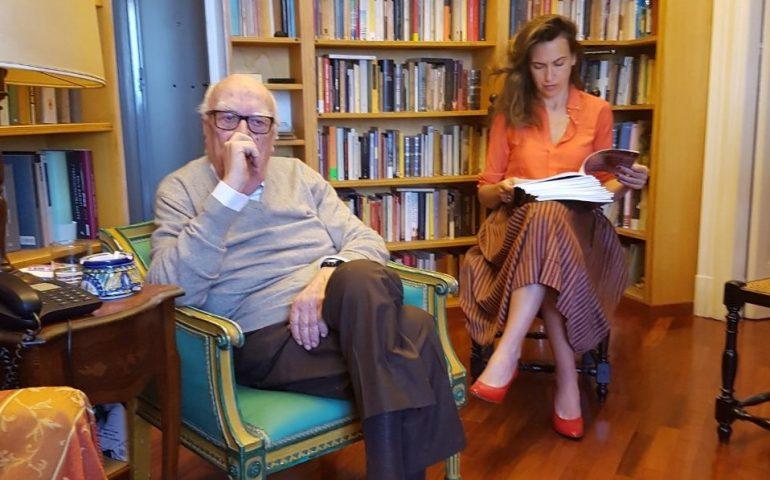 Lo scrittore Andrea Camilleri ricoverato in gravi condizioni a Roma