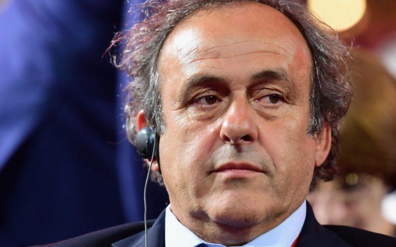 Terremoto nel calcio mondiale, Mondiali in Qatar: Platini arrestato per corruzione